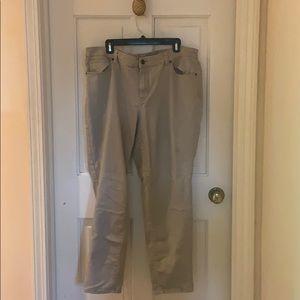 Pants - Women 62 Khaki Pants Slacks Size 18